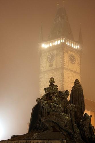 Astronomical-Clock-tower-Prague