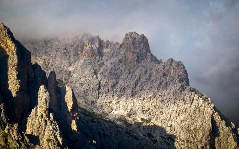 Amazing-Dolomites