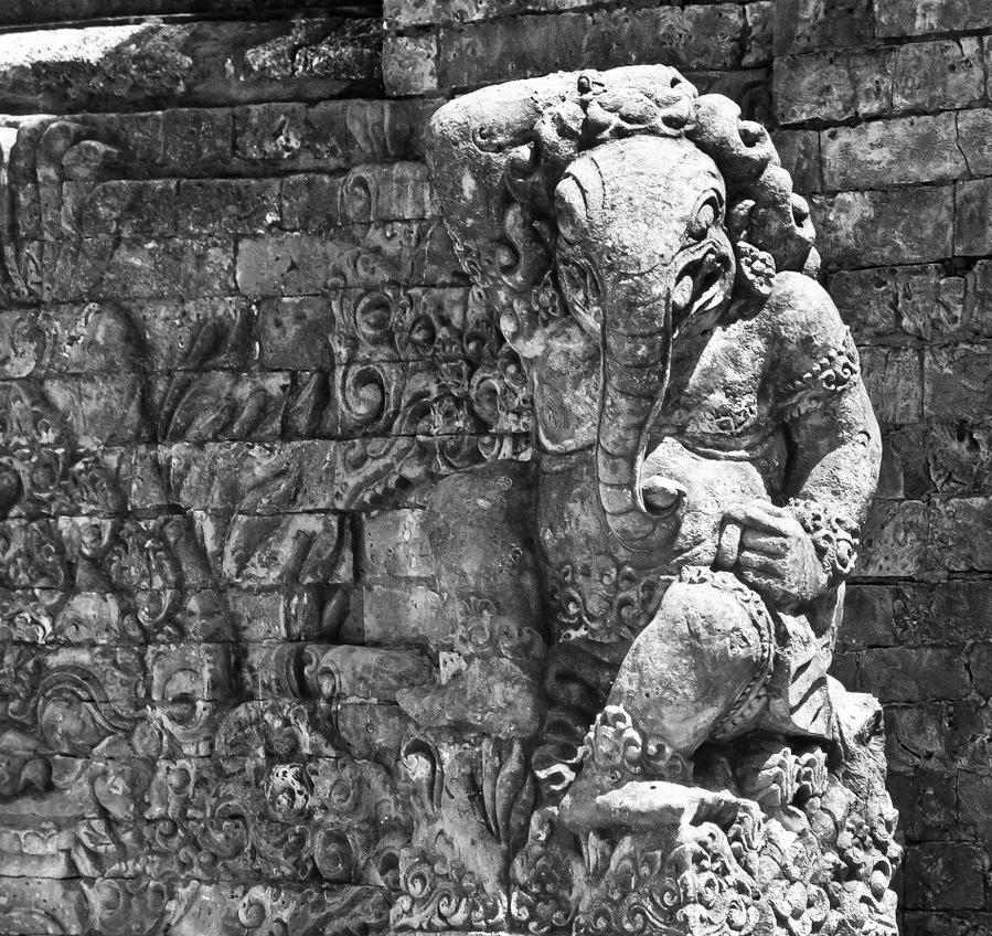 Bali-sculpture