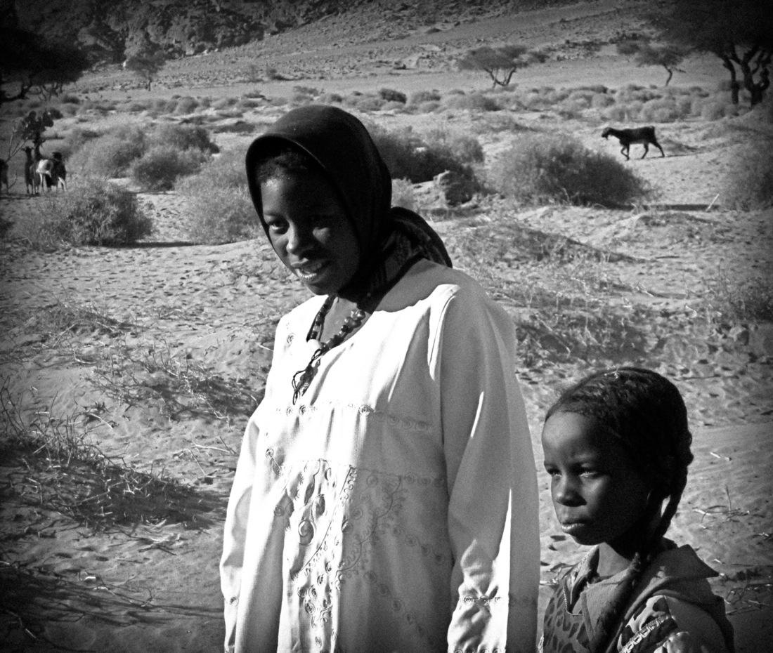 Algeria, Mother and Girl