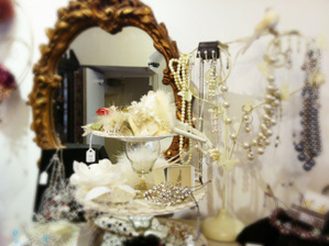 Vintage-Big-Beads-Boutique