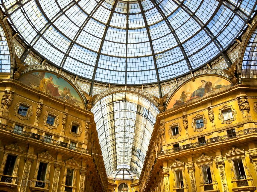Italy, Milan, Galleria Vittorio Emanuele