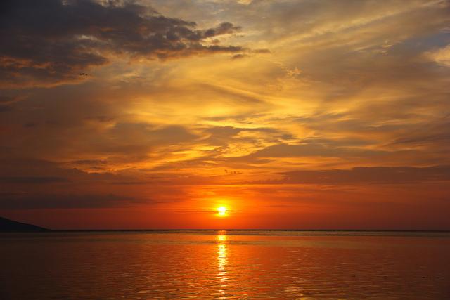 siladen red sunset