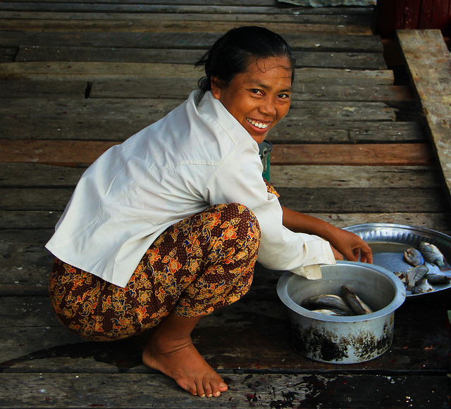 Burma-Smiles