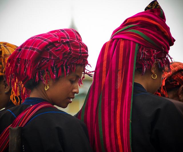 Pa-O-Red-Head-Dress