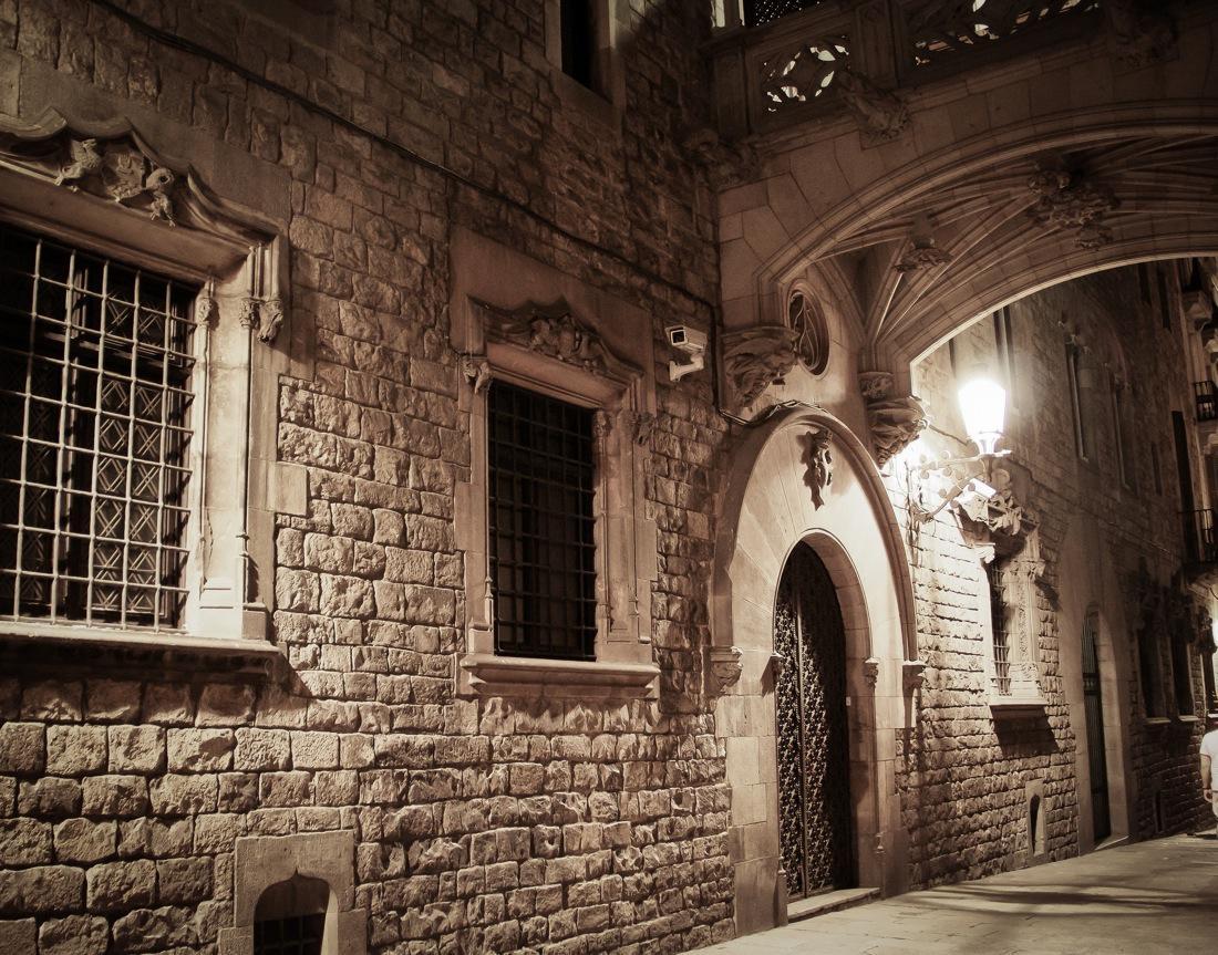 Barcelona Ciutat Vella At Night
