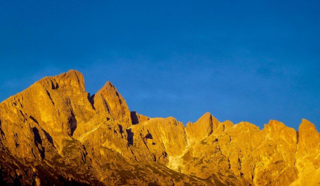 Dolomites-Catinaccio-at-Sunset
