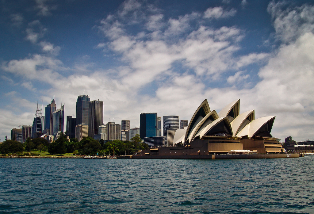 Sydney-Skyline-and-Opera-House1