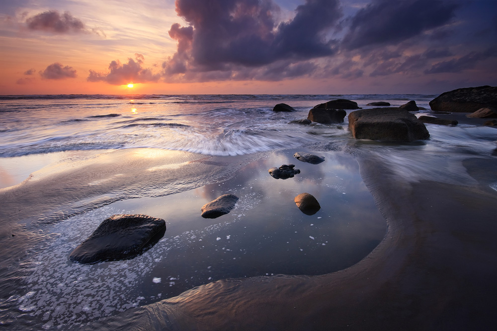 Tongaporutu Sunset, Photo by Chris Gin