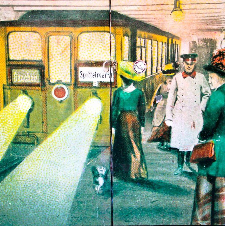 Berlin, Vintage in the U-Bahn
