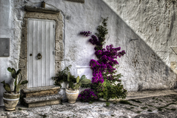 Ostuni White Door