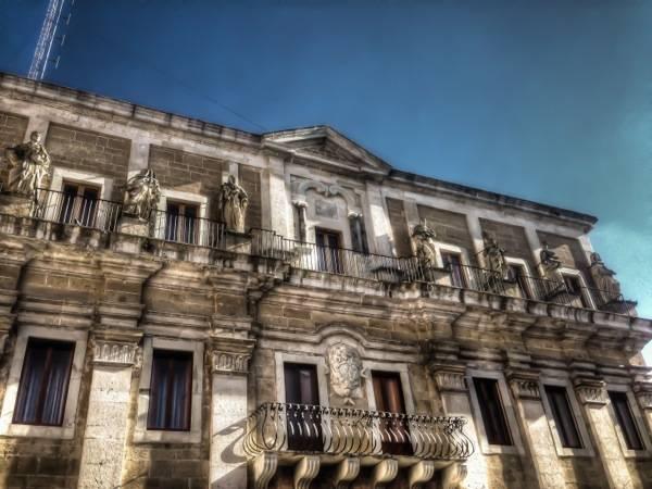 Brindisi, Palazzo Arcivescovile