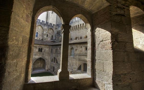 Avignon Palais des Papes Perspectives