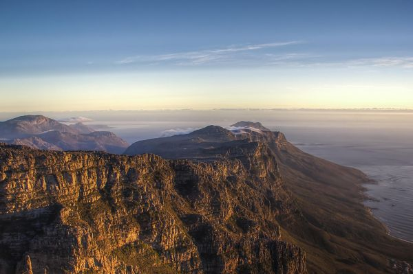Cape-Town-Sunset-from-Table-Mountain_opt