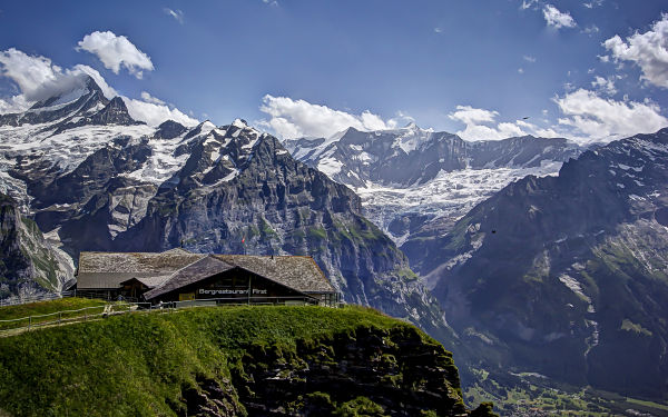 Grindelwald First, Mountain Hut