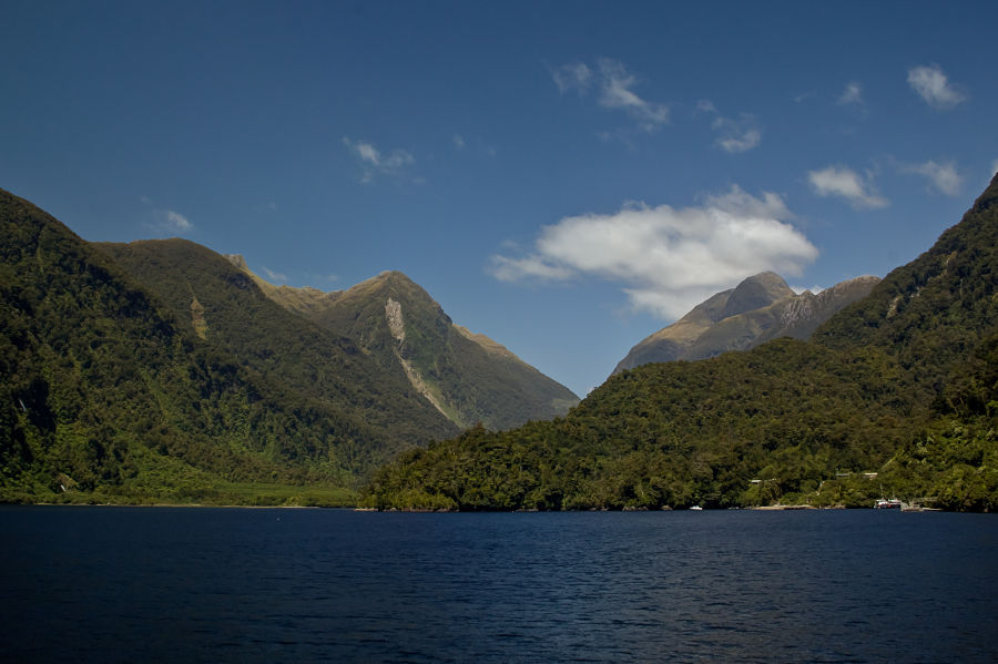 The Towering Peaks of Doubtful Sound