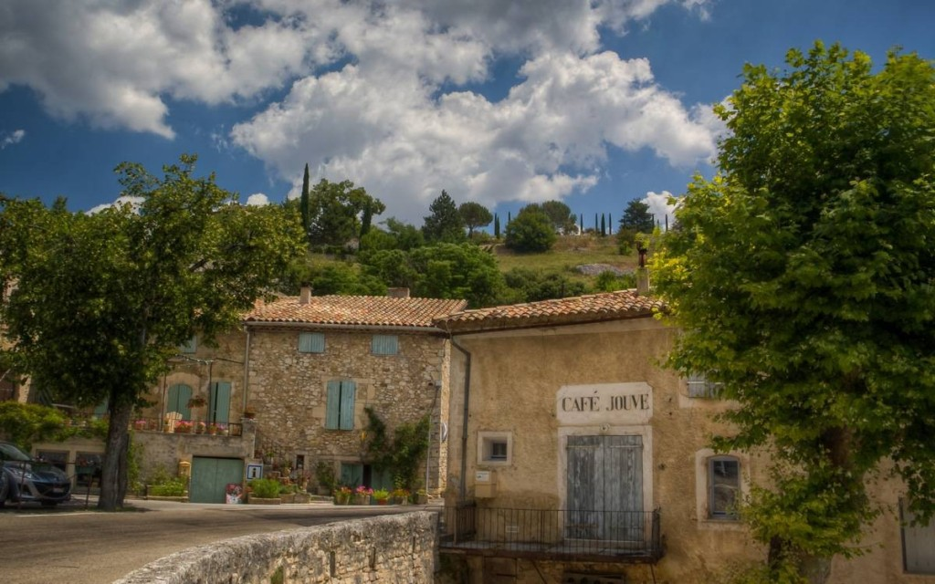 Provence-Aurel-The-Old-Café-Jouve