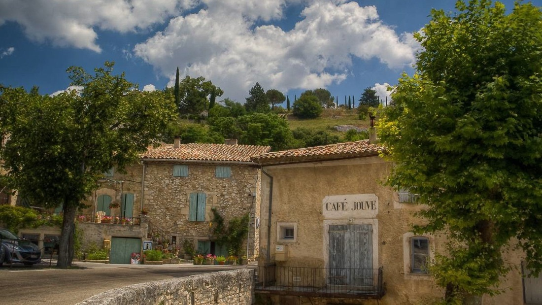 Provence-The-Village-of-Aurel