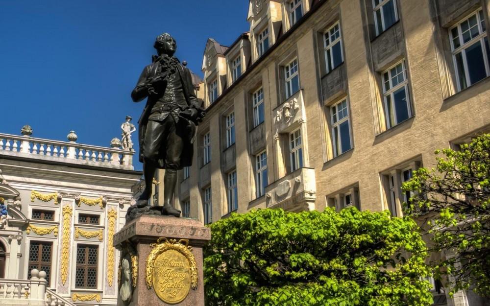 Leipzig Goethe Statue