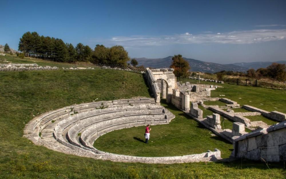 Molise, The Roman Theatre of Pietrabbondante