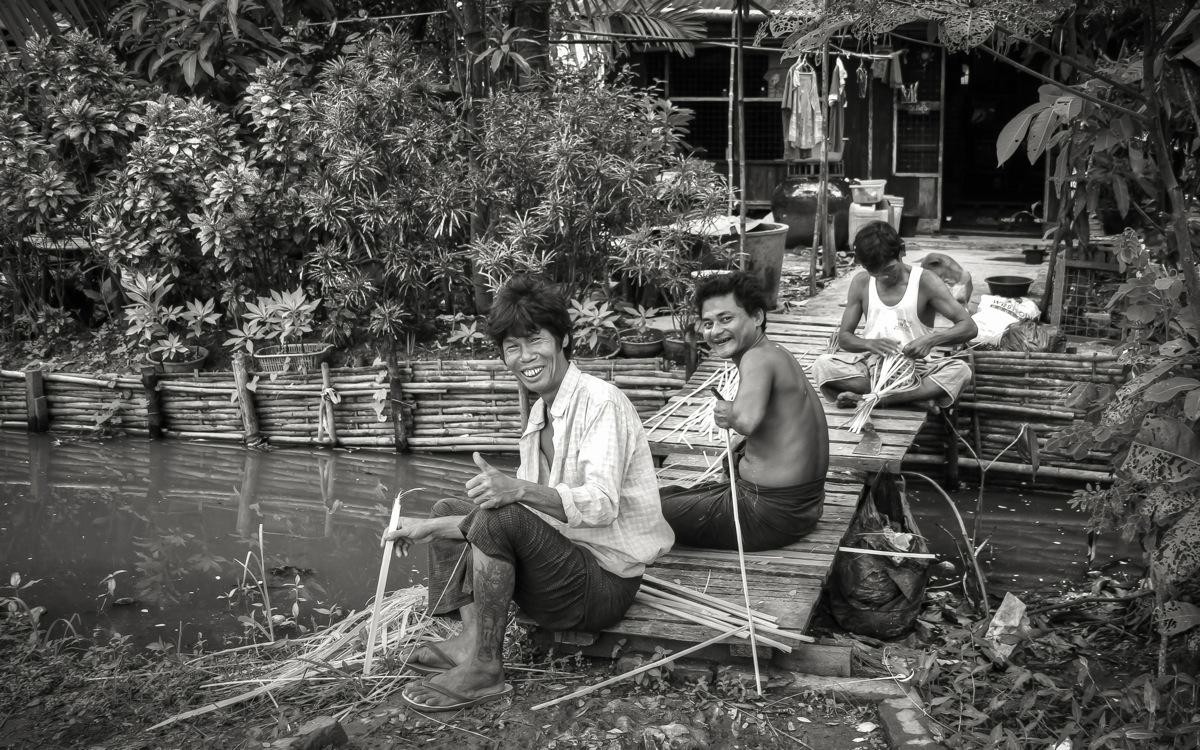 Yangon, Workers in Dala Township