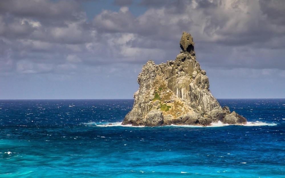 Fernando de Noronha, Ilha do Frade