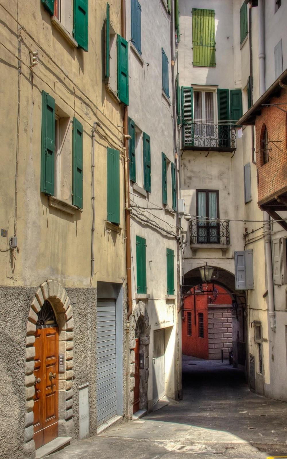 Porretta Terme Alleys