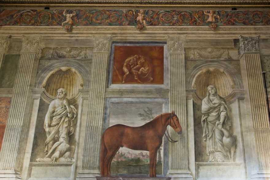 Mantova-Palazzo-Te-Sala-dei-Cavalli