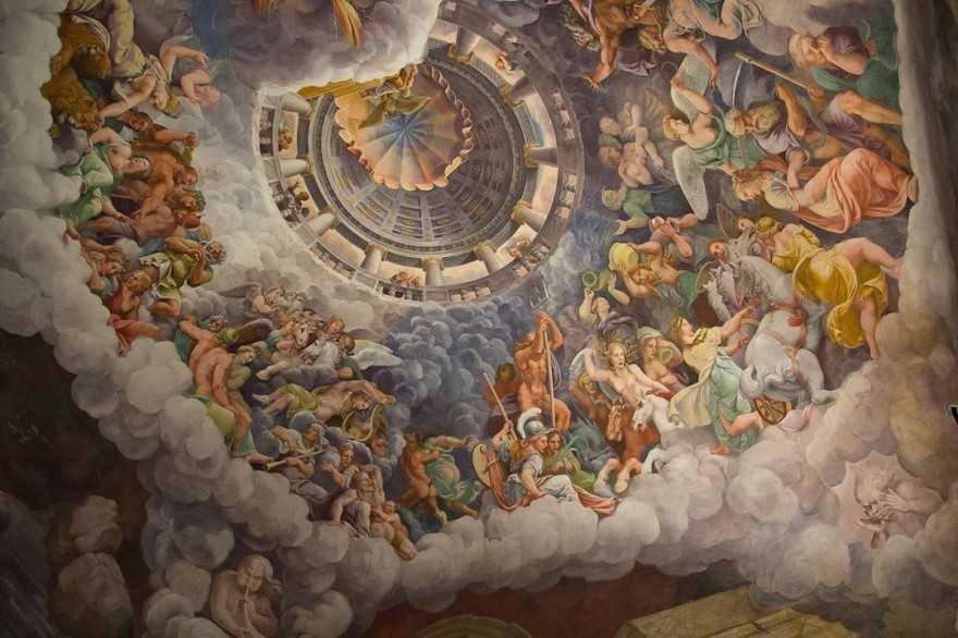 Mantua Palazzo del Te - Camera dei Giganti-3