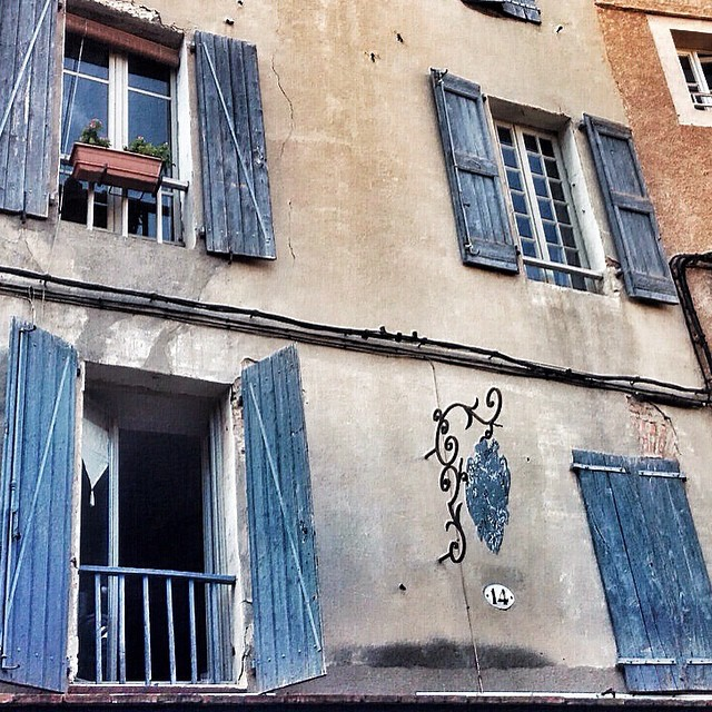 France, Albi, Blue Windows