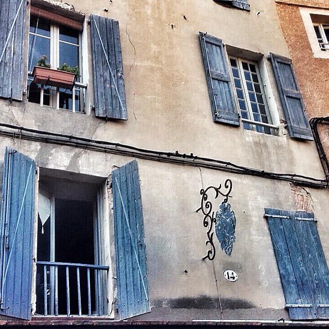 France, Albi, Blue Windows