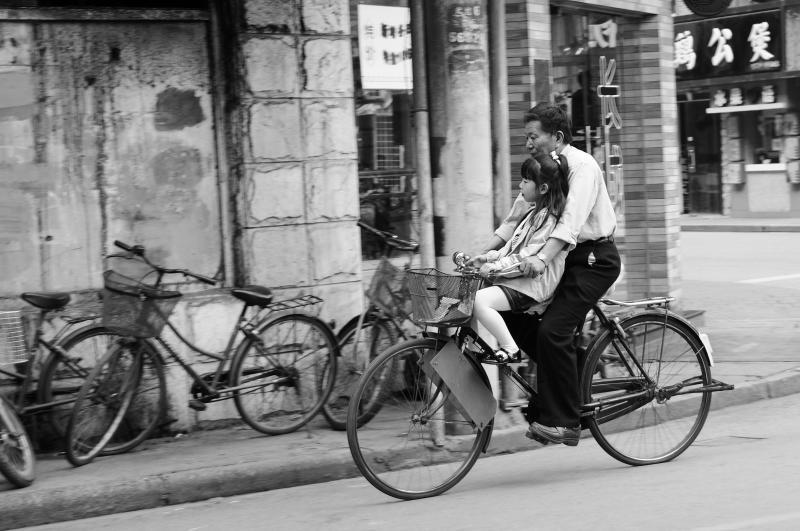 Living in Shanghai, Photo by Jose Maria Cuellar