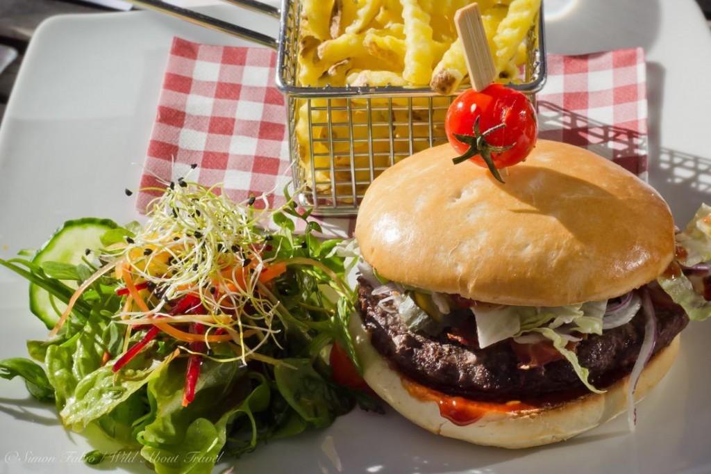 Hamburger at the Saanewald Lodge
