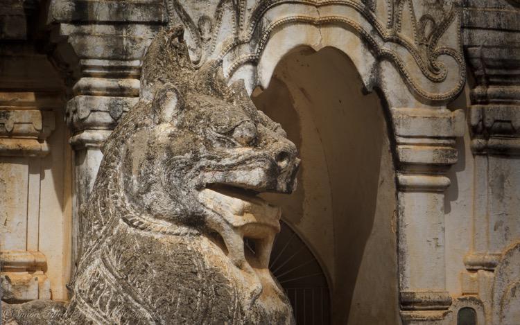 Bagan, Ananda Temple Sculpture