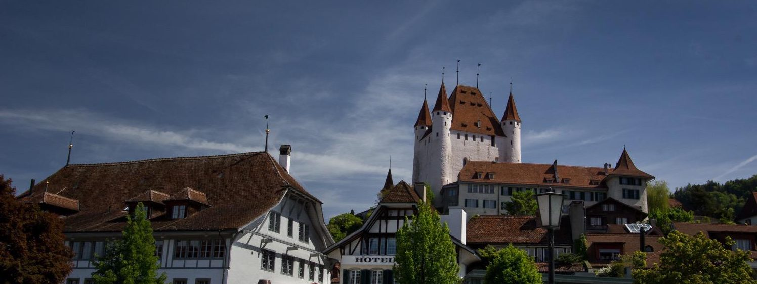 Green River, Turquoise Lake and a Castle: Welcome to Thun!