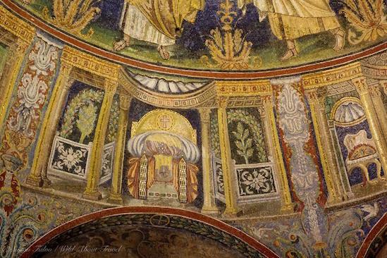 Ravenna-Battistero-Neoniano