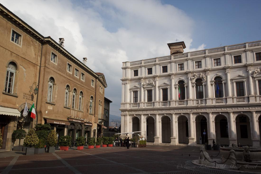 Bergamo, Palazzo Nuovo