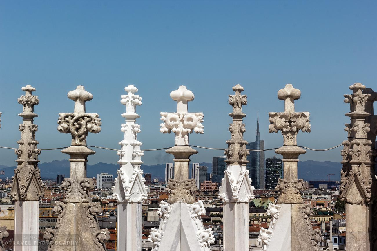 milan-cathedral-rooftop