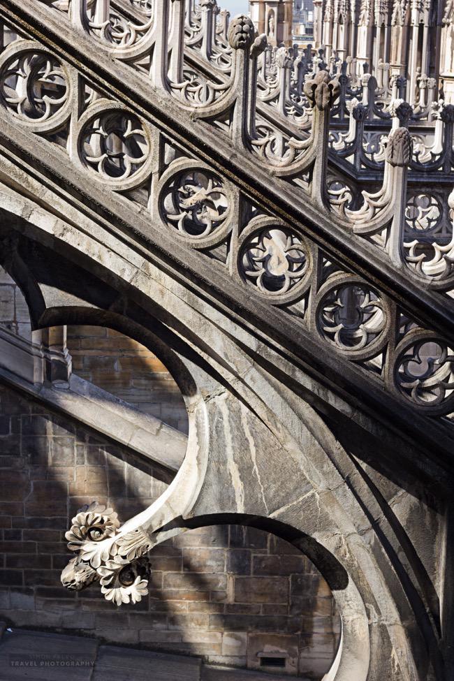 milan-cathedral-sculptures