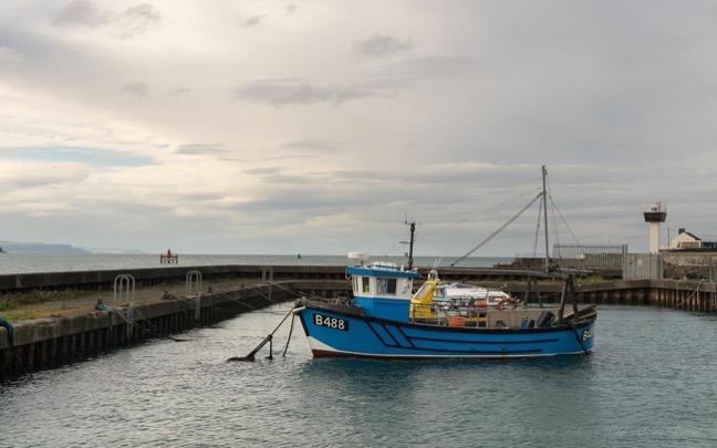 northern-ireland-a-boat-in-islandmagee