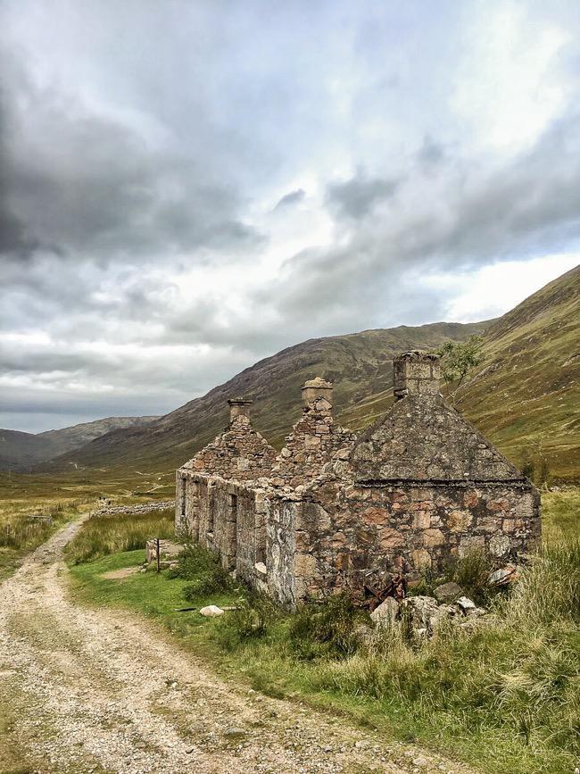 Tigh-na-sleubhaich ruins