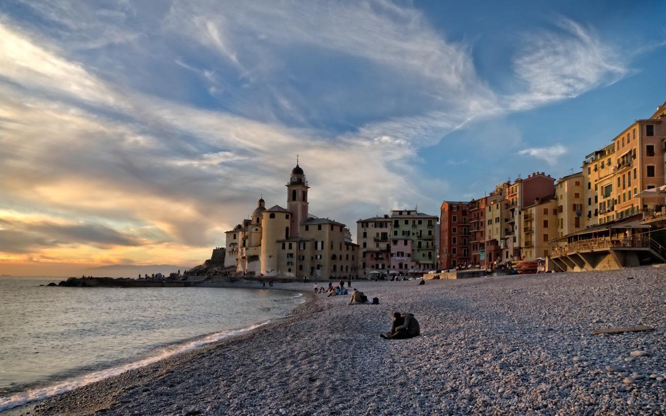 camogli-at-sunset-wallpaper-cover