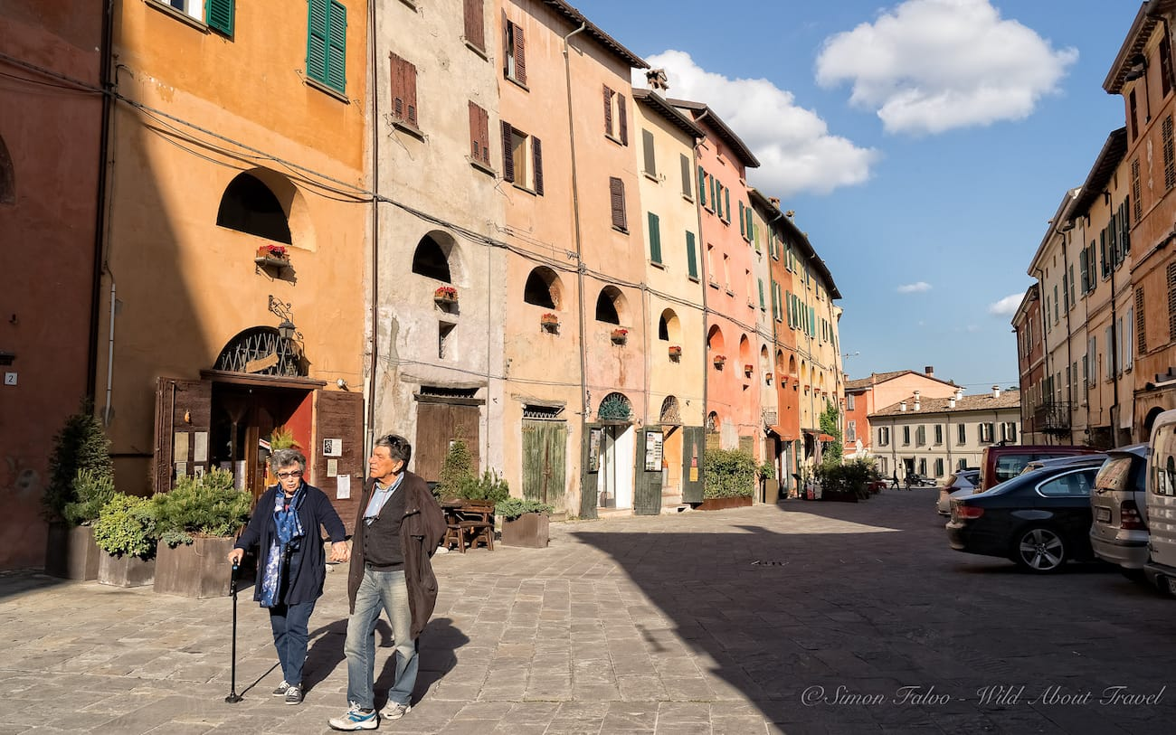 Strolling in Brisighella