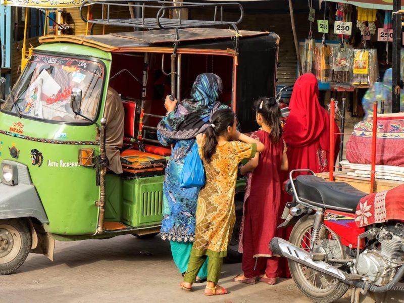 Lahore Akbar Mandi Bazaar