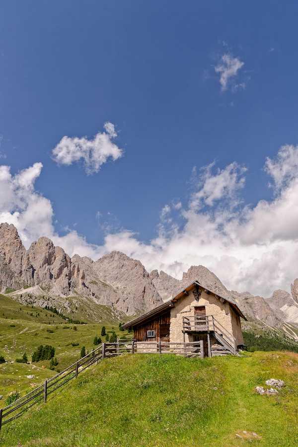 Dolomites, Val Gardena Behind Rifugio Firenze