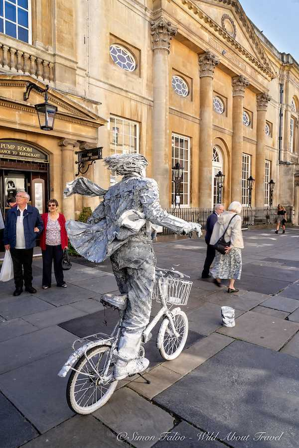 Bath Street Performer