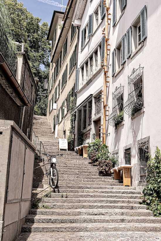 Zurich Charming Alleys