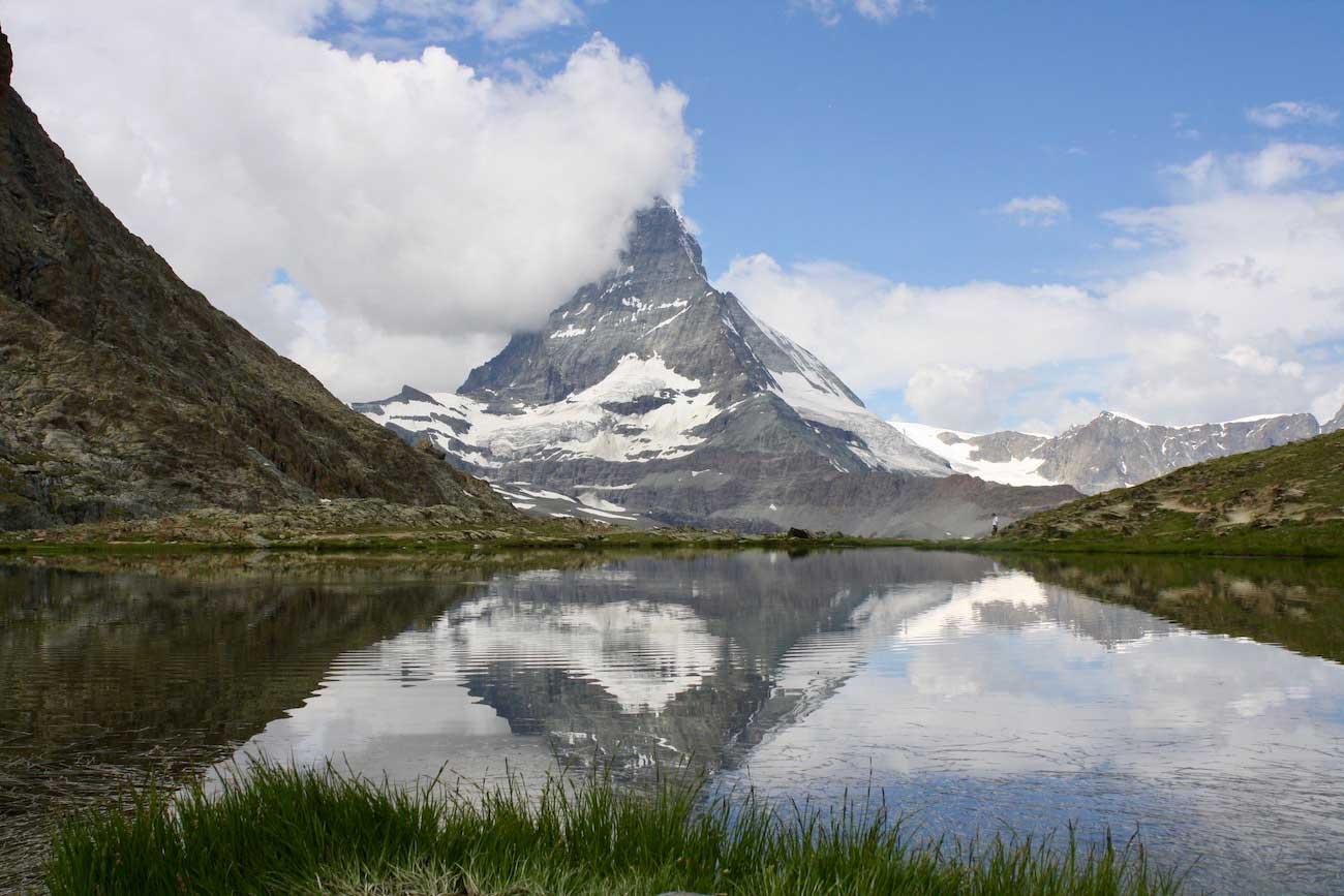 Matterhorn-reflected-in-Riffelsee