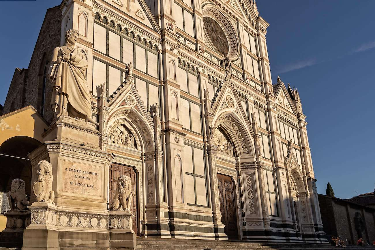 Firenze- Santa Croce and Dante's statue